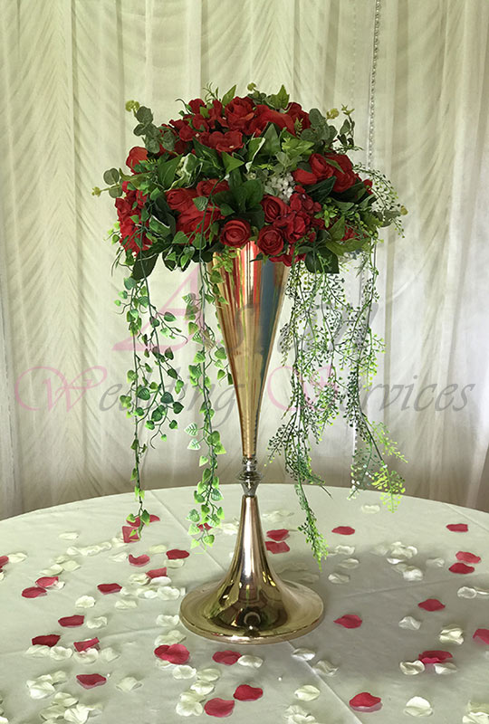 Gold-Vase-with-Red-Flower-Balll